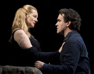 Brian D'Arcy James and Laura Linney in Time Stands Still