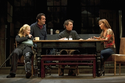 Laura Linney, Brian d'Arcy James, Eric Bogosian and Christina Ricci  (l-r) in TIME STANDS STILL